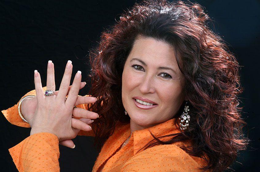 Antonia Contreras<br>Viernes Flamencos