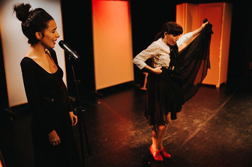 """Miren Amuriza & Askoa Etxebarrieta. """"Gorria""""<br>Viernes Flamencos"""