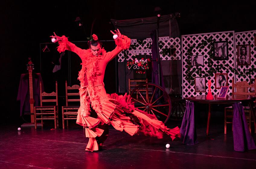 Sin ojana<br>Chicharrón Circo Flamenco